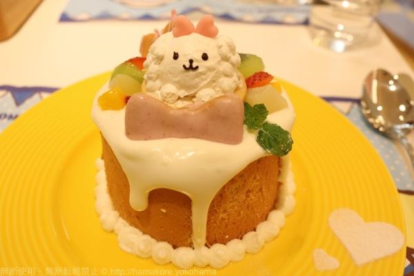 マカロンの宝物がいっぱい♪ふわふわシフォンケーキ