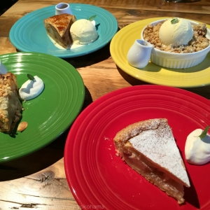 横浜赤レンガ アップルパイ専門店「グラニースミス」は種類が豊富でアップルパイ好きは外せない人気店