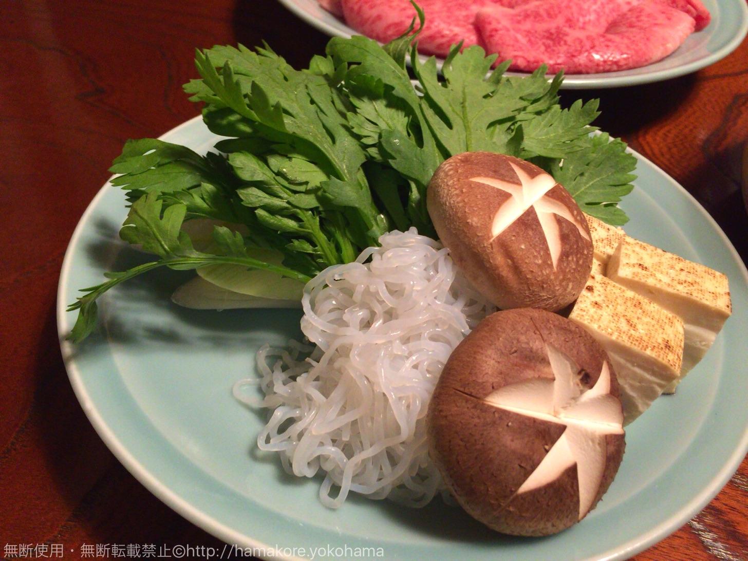 すき焼きのセットの野菜