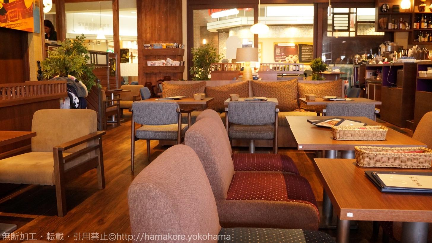 瓦カフェ 横浜みなとみらい店 店内の様子