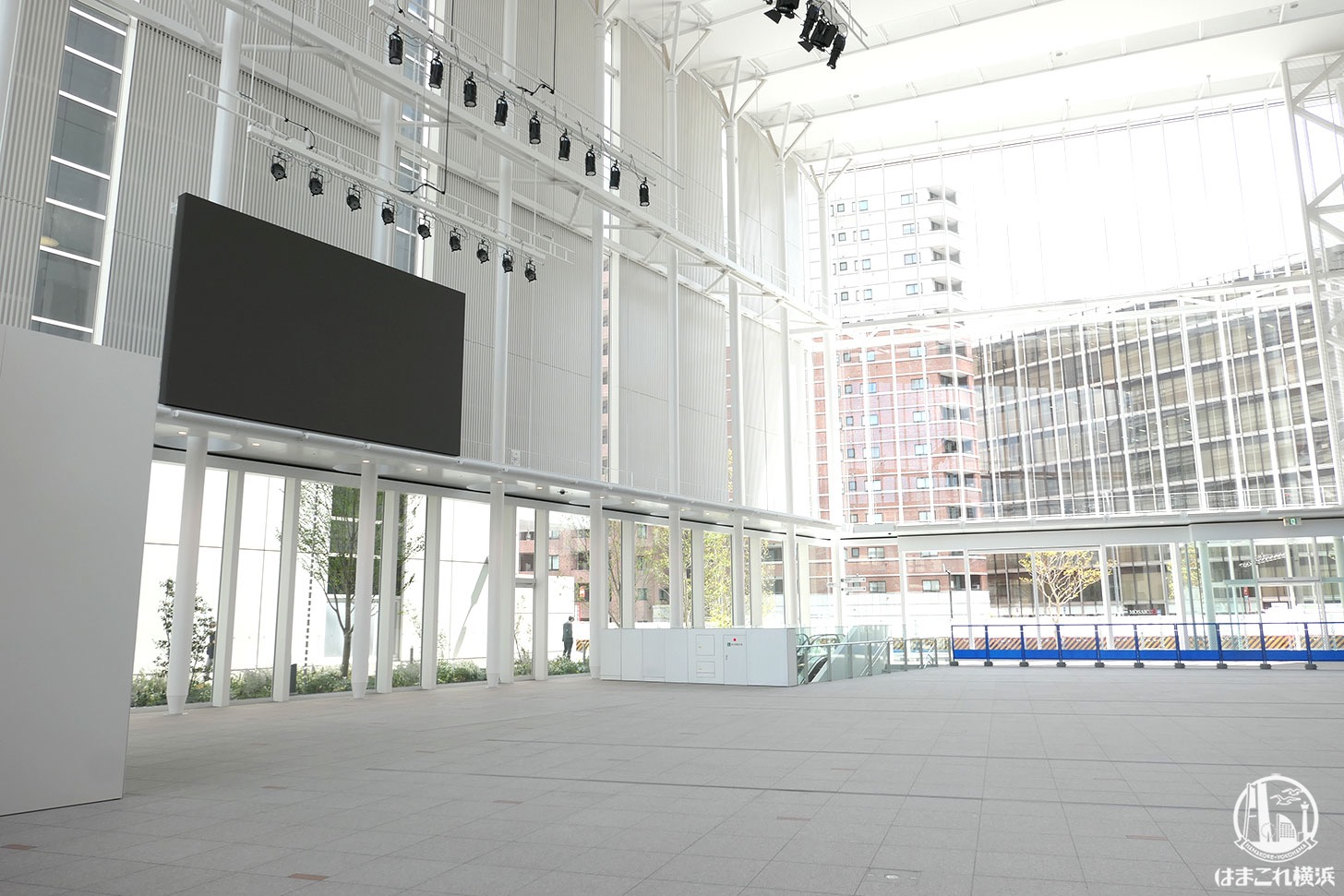 横浜市新市庁舎 アトリウム