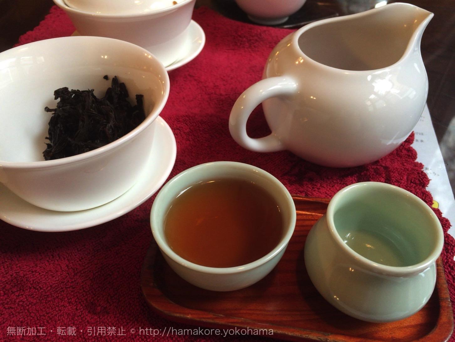 蒸らして中国茶の完成