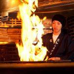 わら焼き専門店「わらやき屋」が横浜駅にオープン!かつおのたたきを藁の炎で