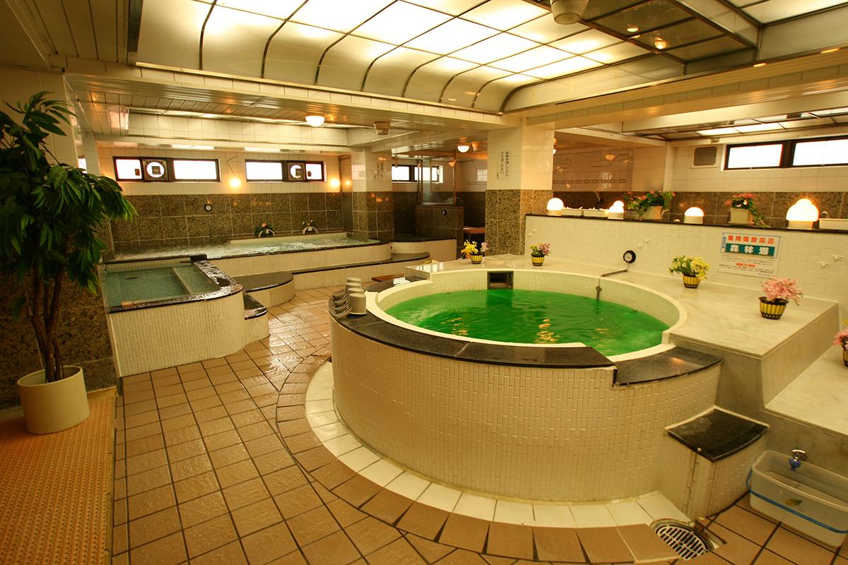 従来の大浴場
