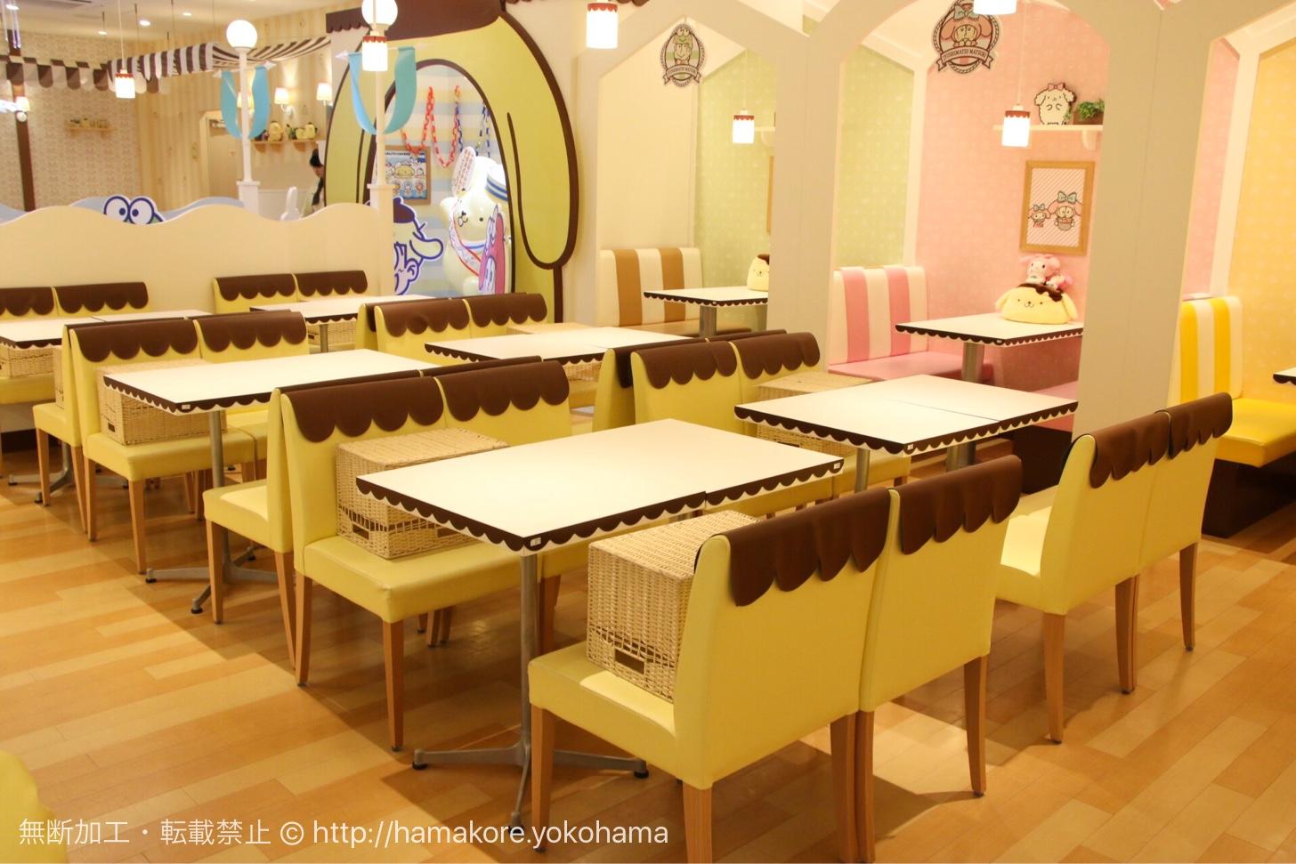 ポムポムプリンデザインの椅子やテーブル