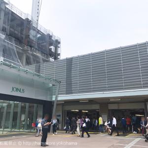 横浜駅西口から地上への階段・通路が2017年6月11日より工事のため変更!だいぶ狭くなりそう…