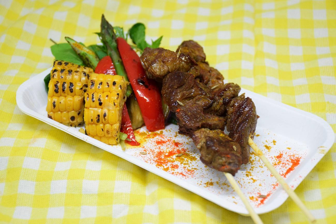 ムシカキ 夏野菜添え(ルワンダ共和国)