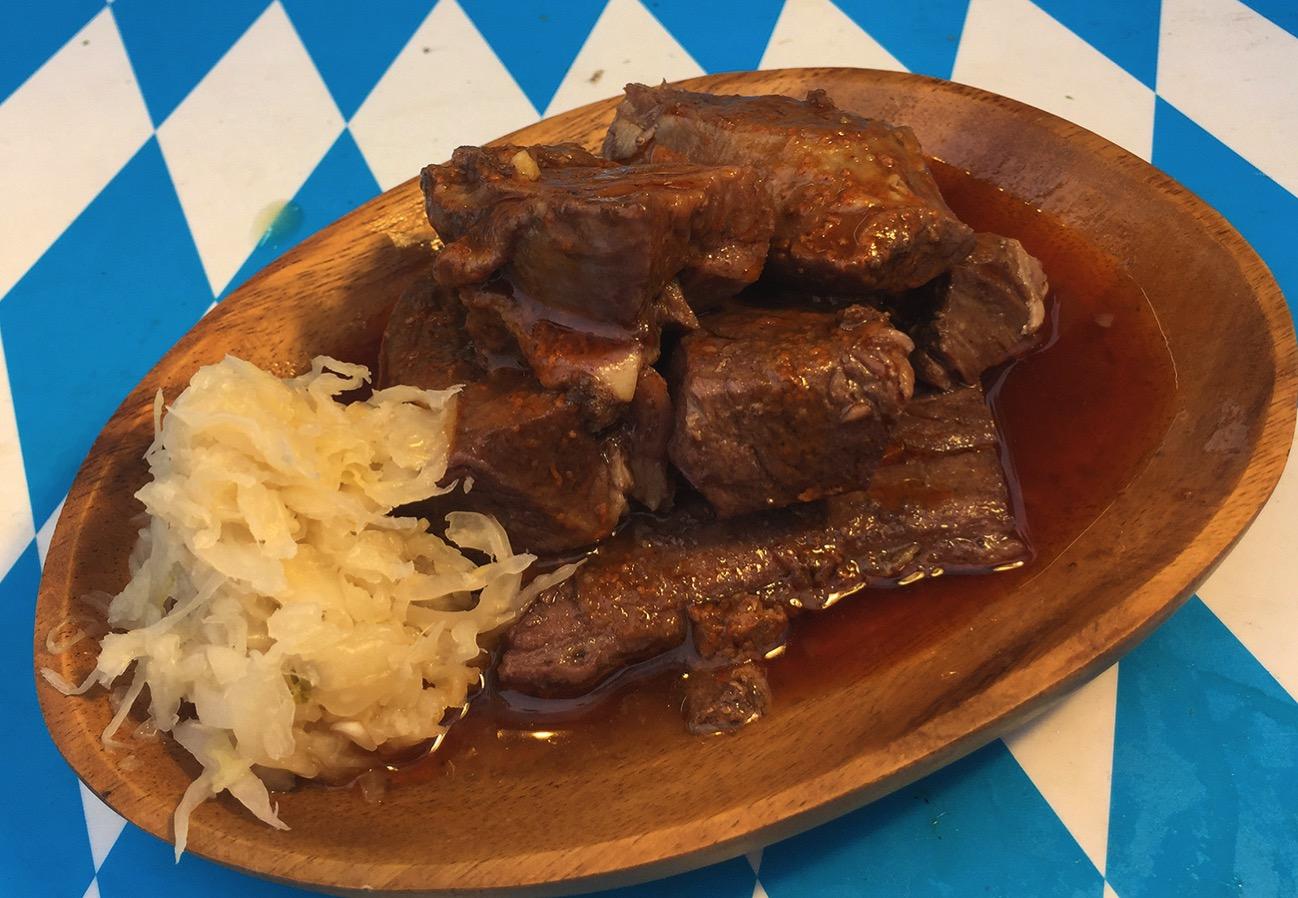 ドイツの郷土料理「ザワーブラーテン」