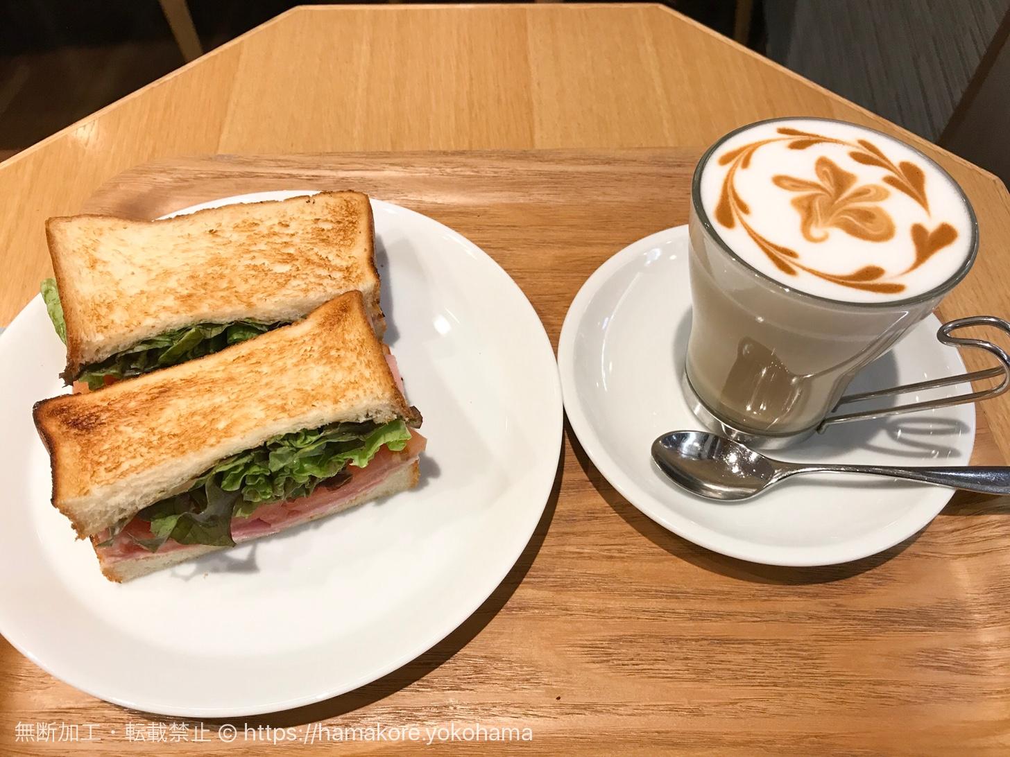 桜木町駅直結の電源カフェ「カフェ レクセル」で朝食を食べてきた!
