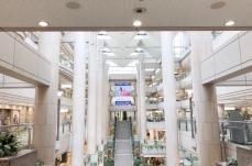 ランドマークプラザ「サカタのタネ ガーデンスクエア」の場所・行き方を画像付きで紹介