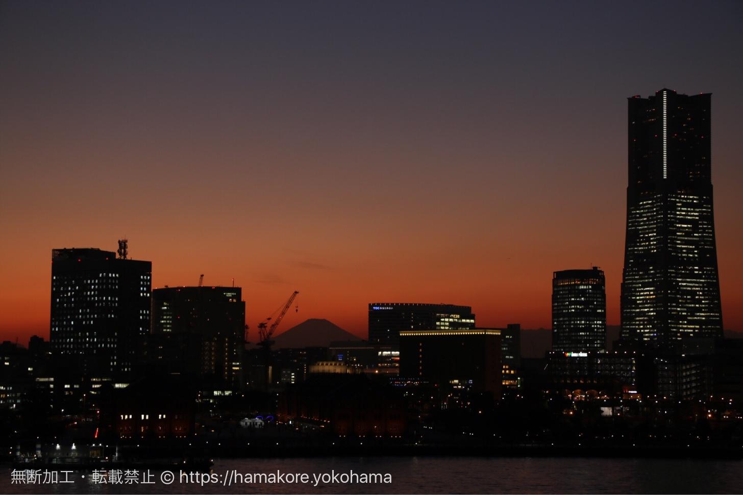 大さん橋から見た富士山