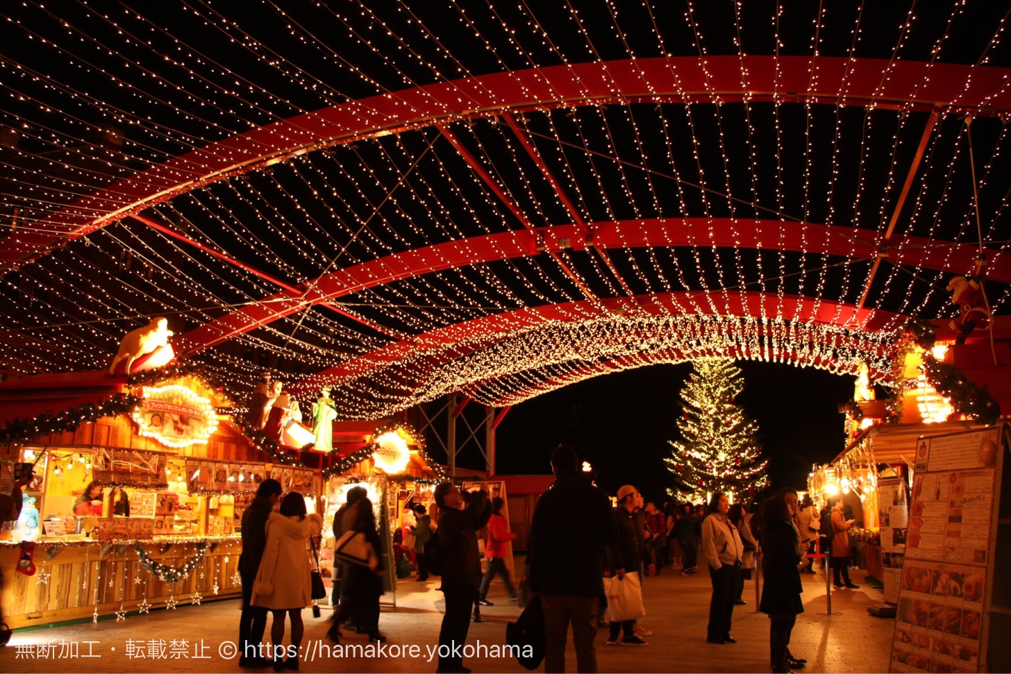 横浜赤レンガ倉庫 クリスマスマーケットの様子