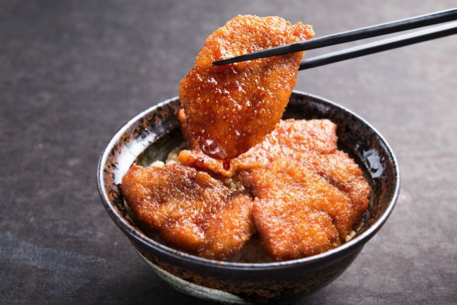 豚たれカツ丼 ランチ限定価格 850円