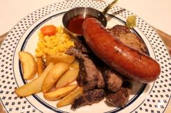 ニックストック 横浜ポルタ店のランチでガッツリ肉まみれ!横浜駅東口の肉カフェ