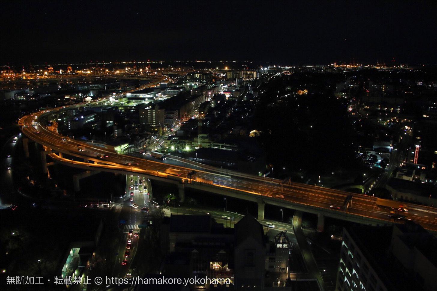 横浜マリンタワーから見た夜景 高速道路