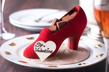 横浜ベイホテル東急 横浜のシンボル・赤い靴チョコレート付きヴァレンタイン宿泊プランの提供を開始!