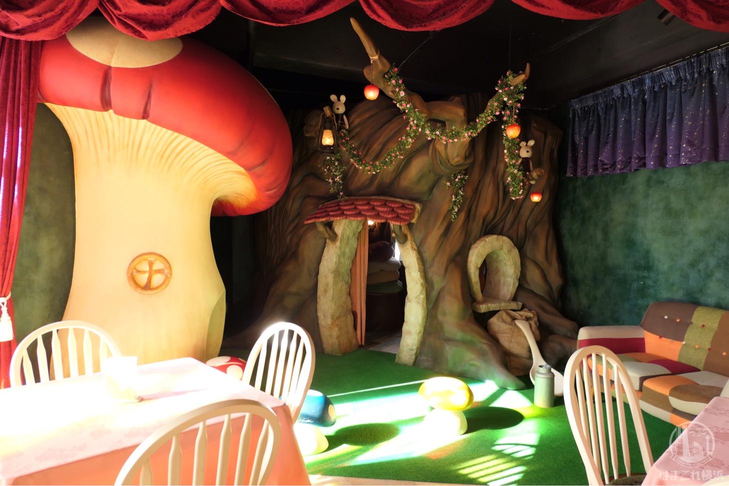 横浜元町に白雪姫カフェ誕生!セーブポイントの世界観に大人も子ども魅了