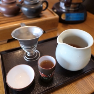 横浜中華街「中国茶藝館 茗香閣」は本格中国茶を淹れて楽しい・落ち着きあるカフェ