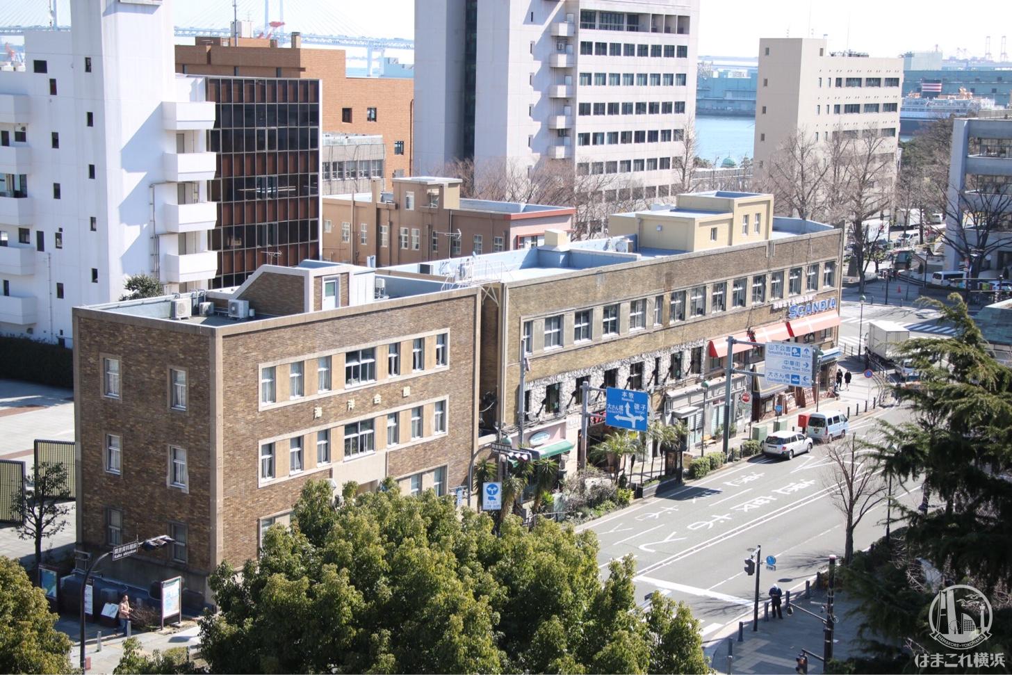 神奈川県庁本庁舎(キングの塔)展望台から見た大通り