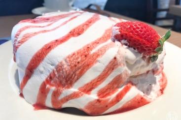 アースカフェ 横浜にオープン!お洒落カフェで食べるパンケーキは格別
