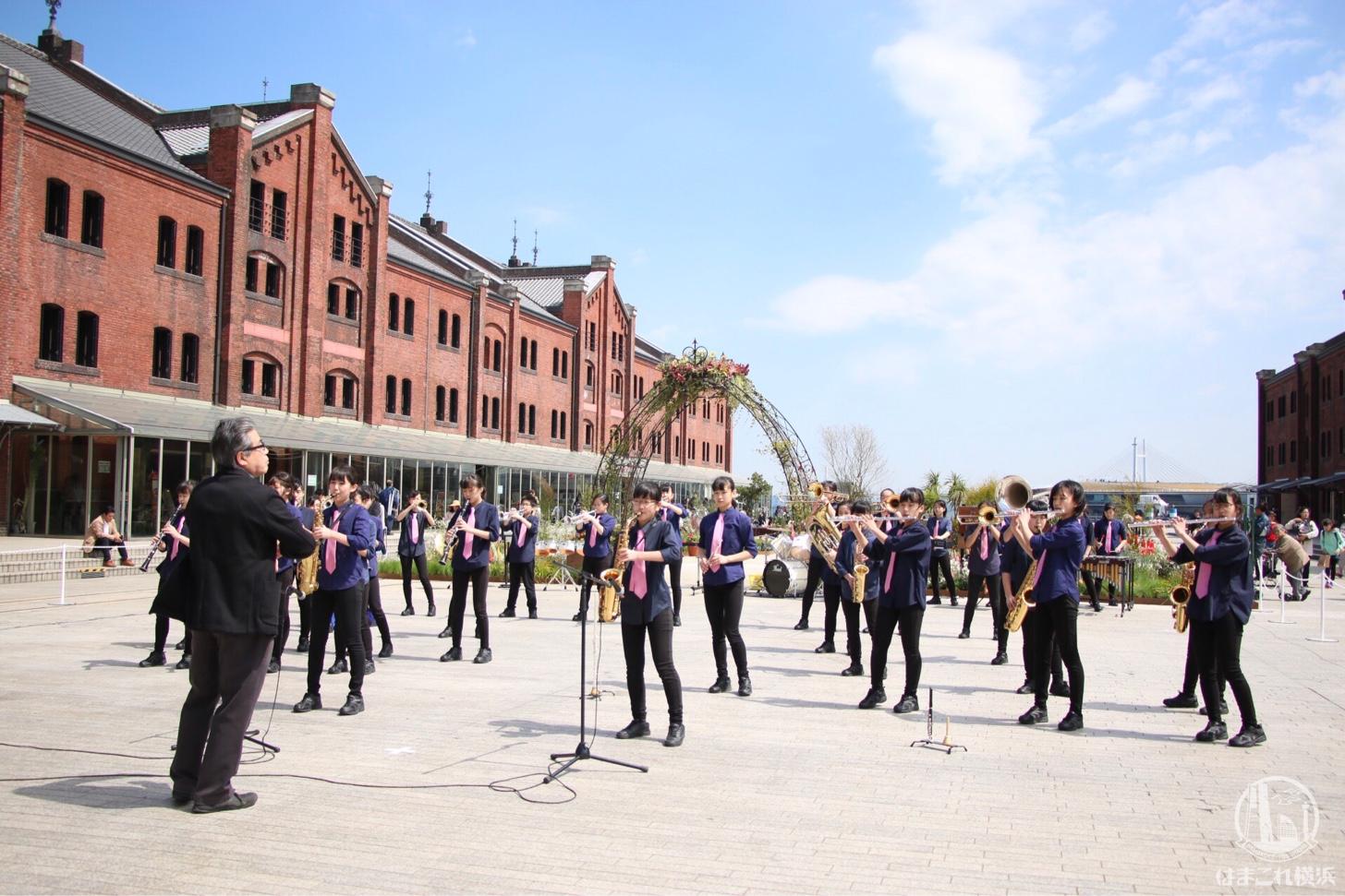 横浜市立港中学校の吹奏楽部による特別パフォーマンス