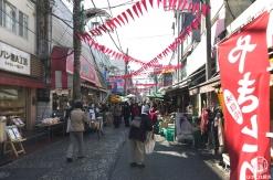 洪福寺松原商店街(ハマのアメ横)