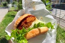 松原商店街「ビゼン メルカート」の土日限定バーガーは出来たての人気グルメ!