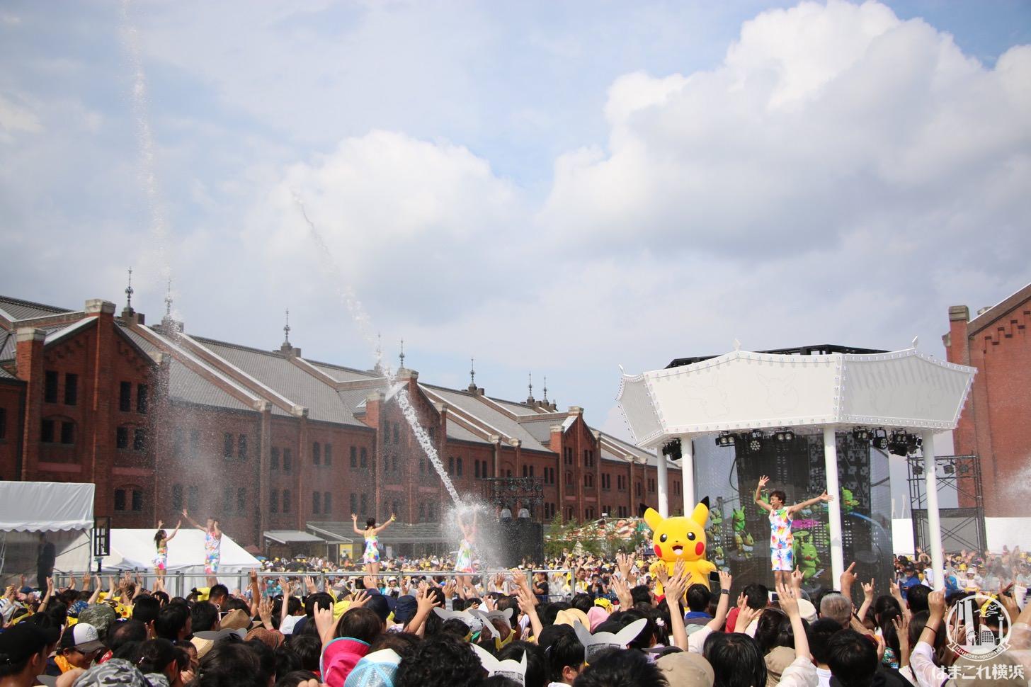 ずぶぬれスプラッシュショー(昼)