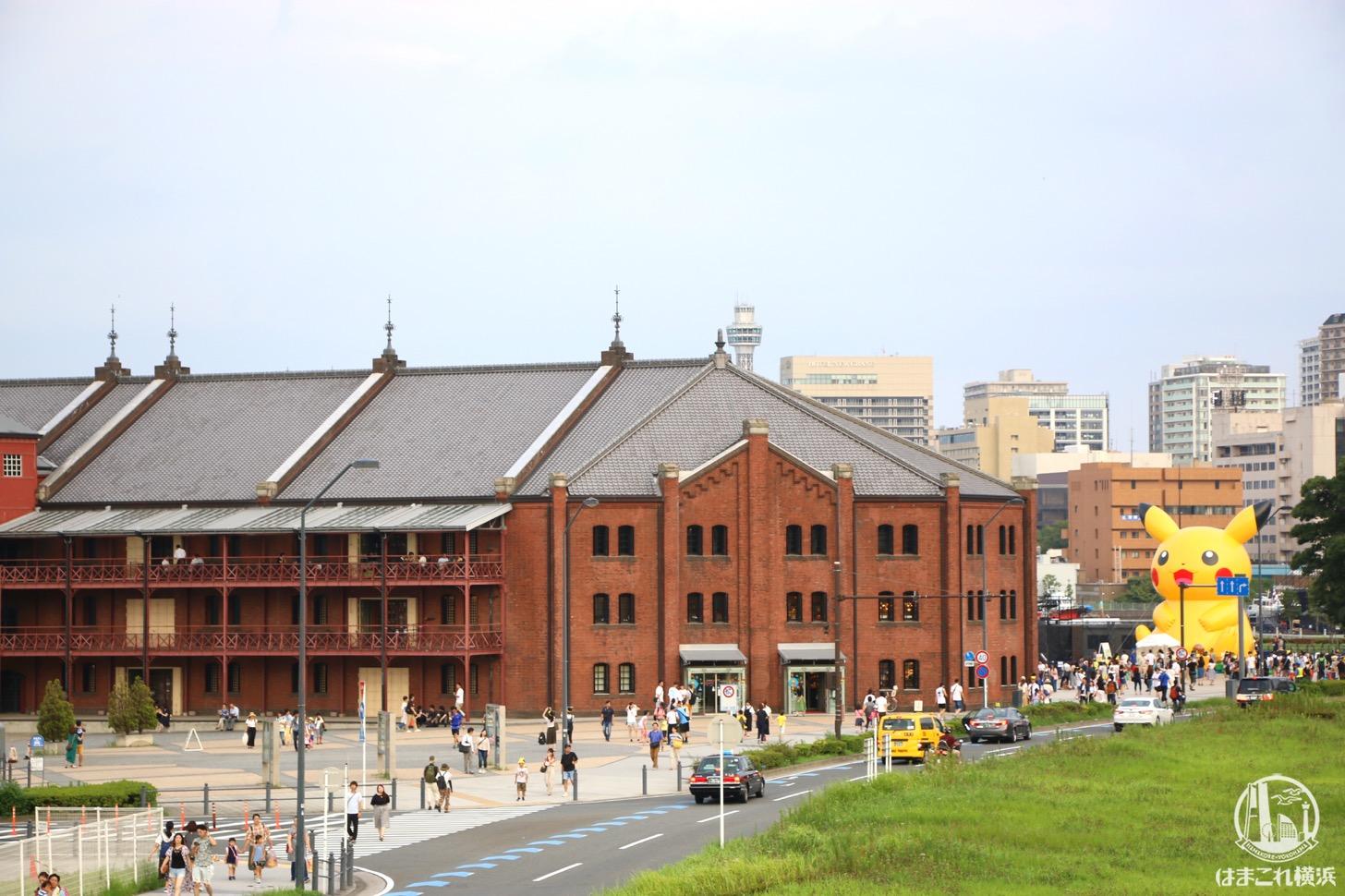 横浜赤レンガ倉庫 ピカチュウバルーン