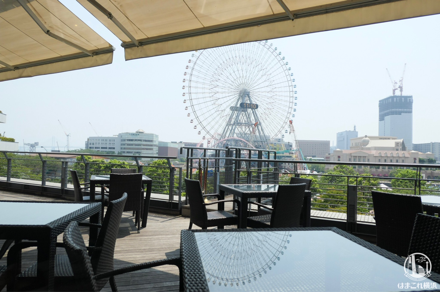 24/7レストランから見た横浜の景色