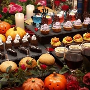 横浜の美女と野獣カフェ 2日間限定でハロウィンデザートなど食べ放題のイベント開催