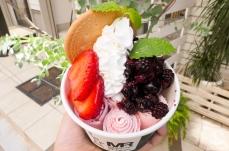 横浜元町「マンハッタンロールアイスクリーム」の出来立てアイス新感覚!新鮮フルーツも美味
