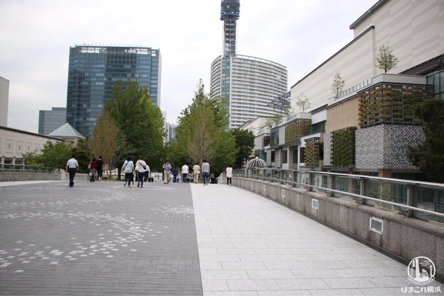 桜木町駅からの行き方