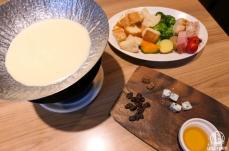 横浜 一瑳の最高品質チーズフォンデュが超絶美味!夜景の見える席も