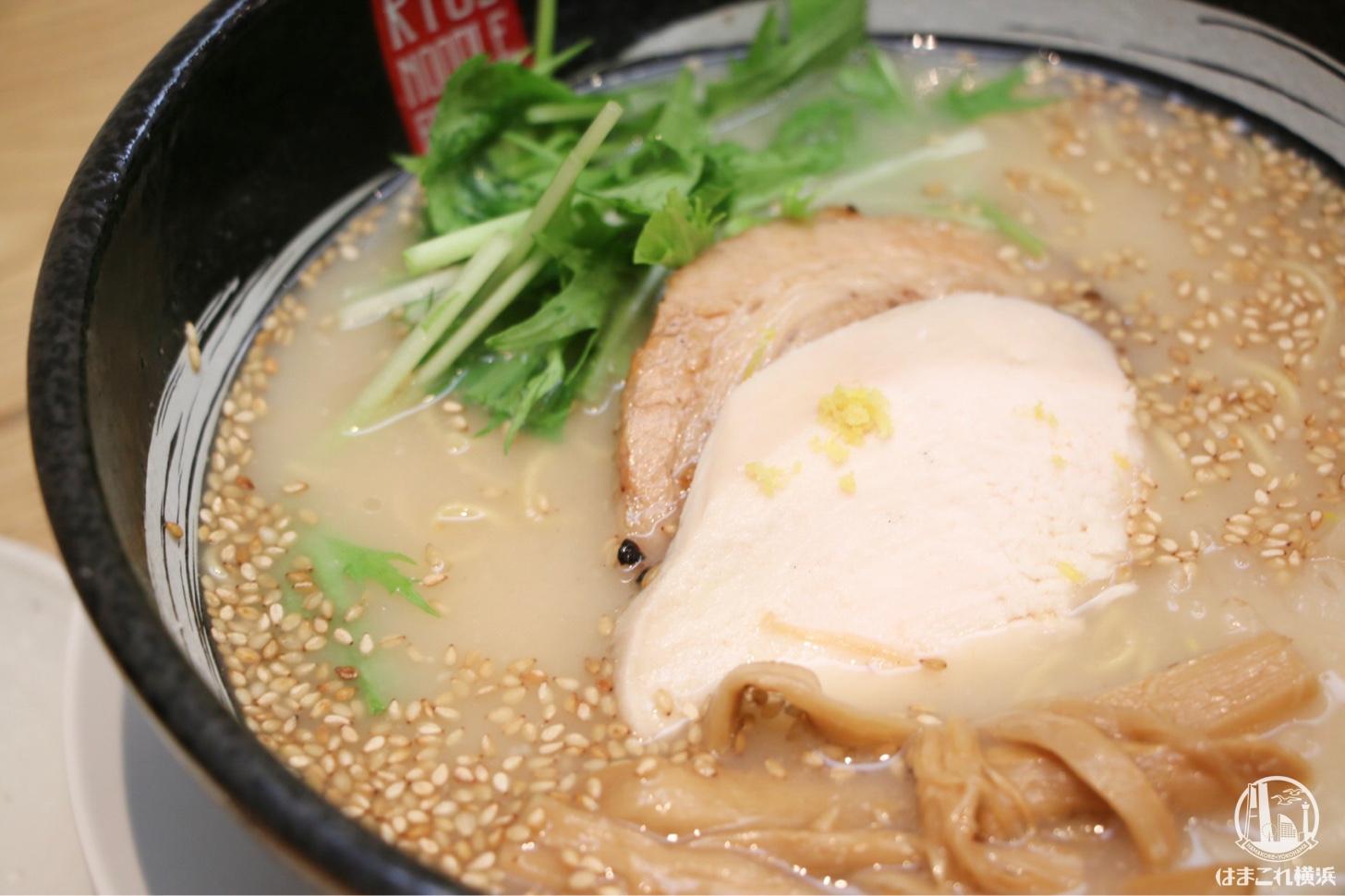 RYUS鶏白湯ラーメン 具材