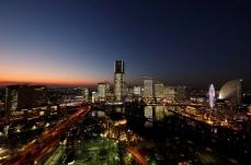 2018年 横浜みなとみらいの全館点灯「タワーズミライト」12月21日に開催!