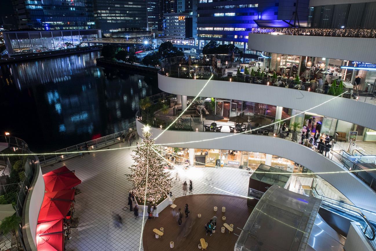 横浜ベイクォーター クリスマスイルミネーション
