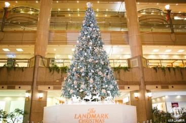 横浜 ランドマークプラザにホワイトクリスマスツリー登場!降雪イベント日程・時間は?