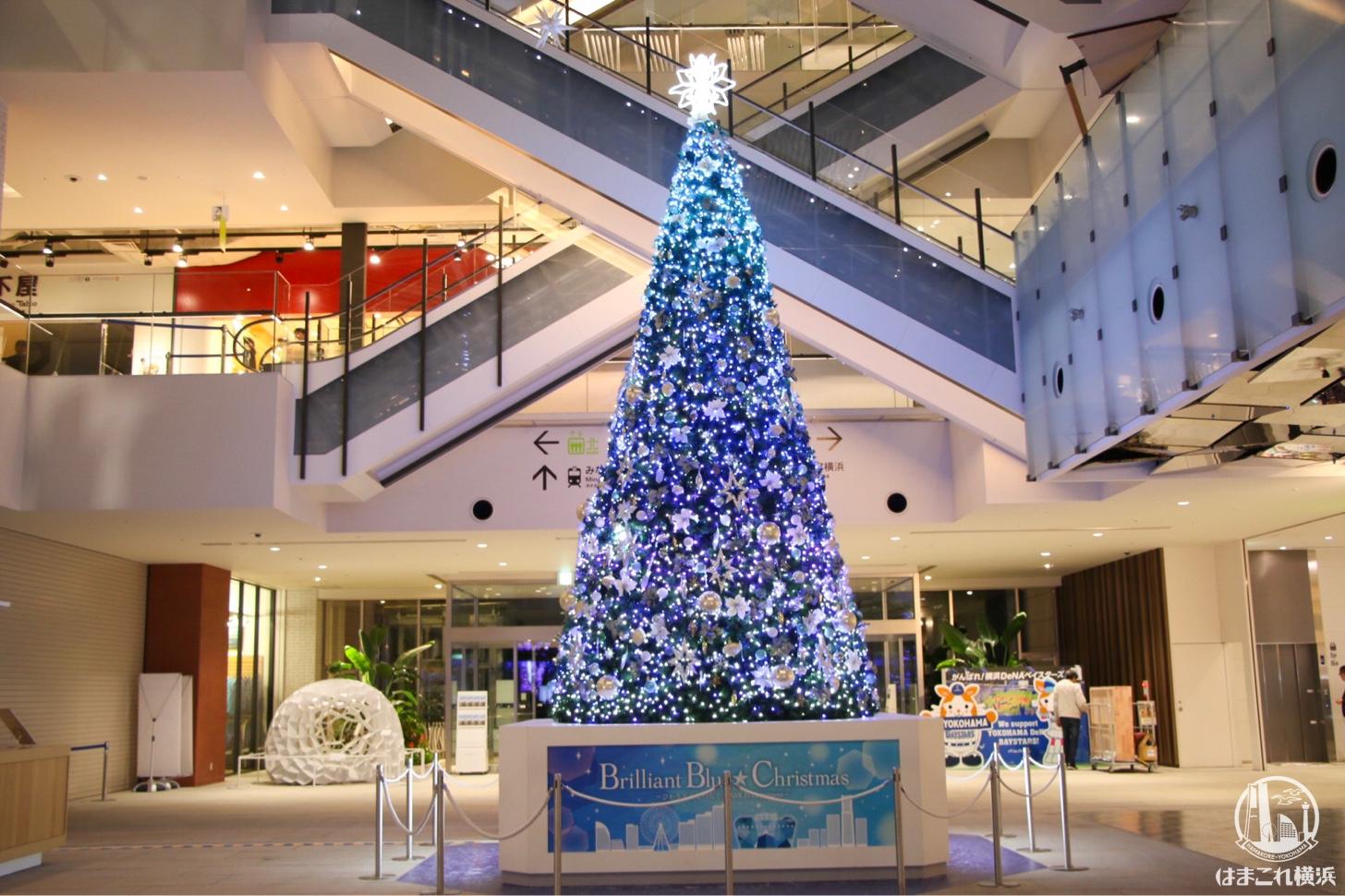 マークイズ みなとみらい クリスマスツリー