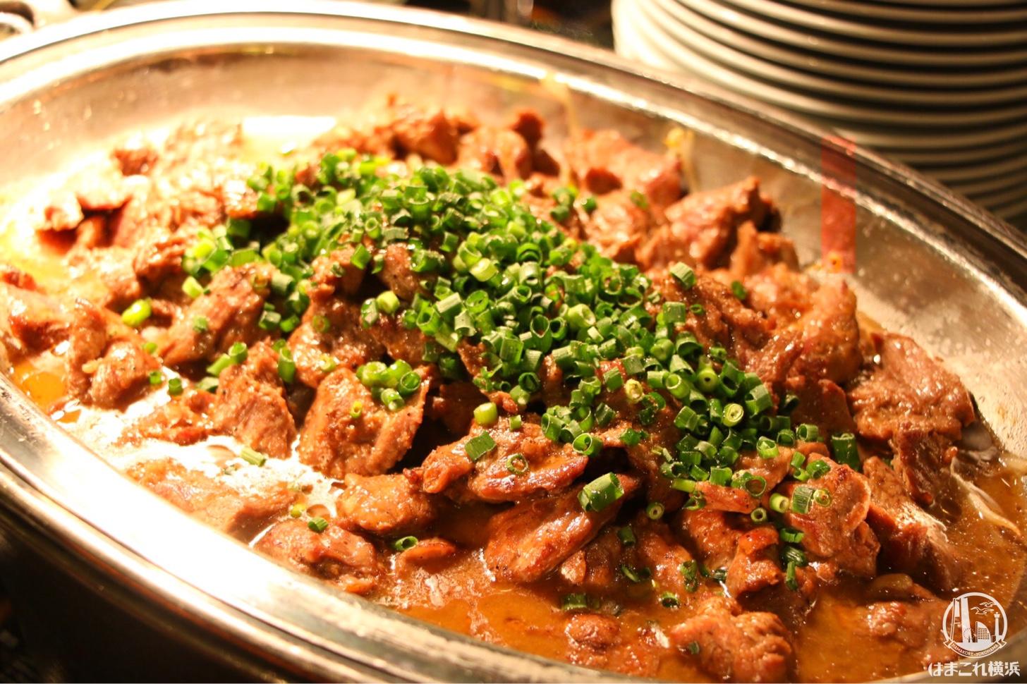 仔羊肉カルビのジンギスカン風 トスカスタイル