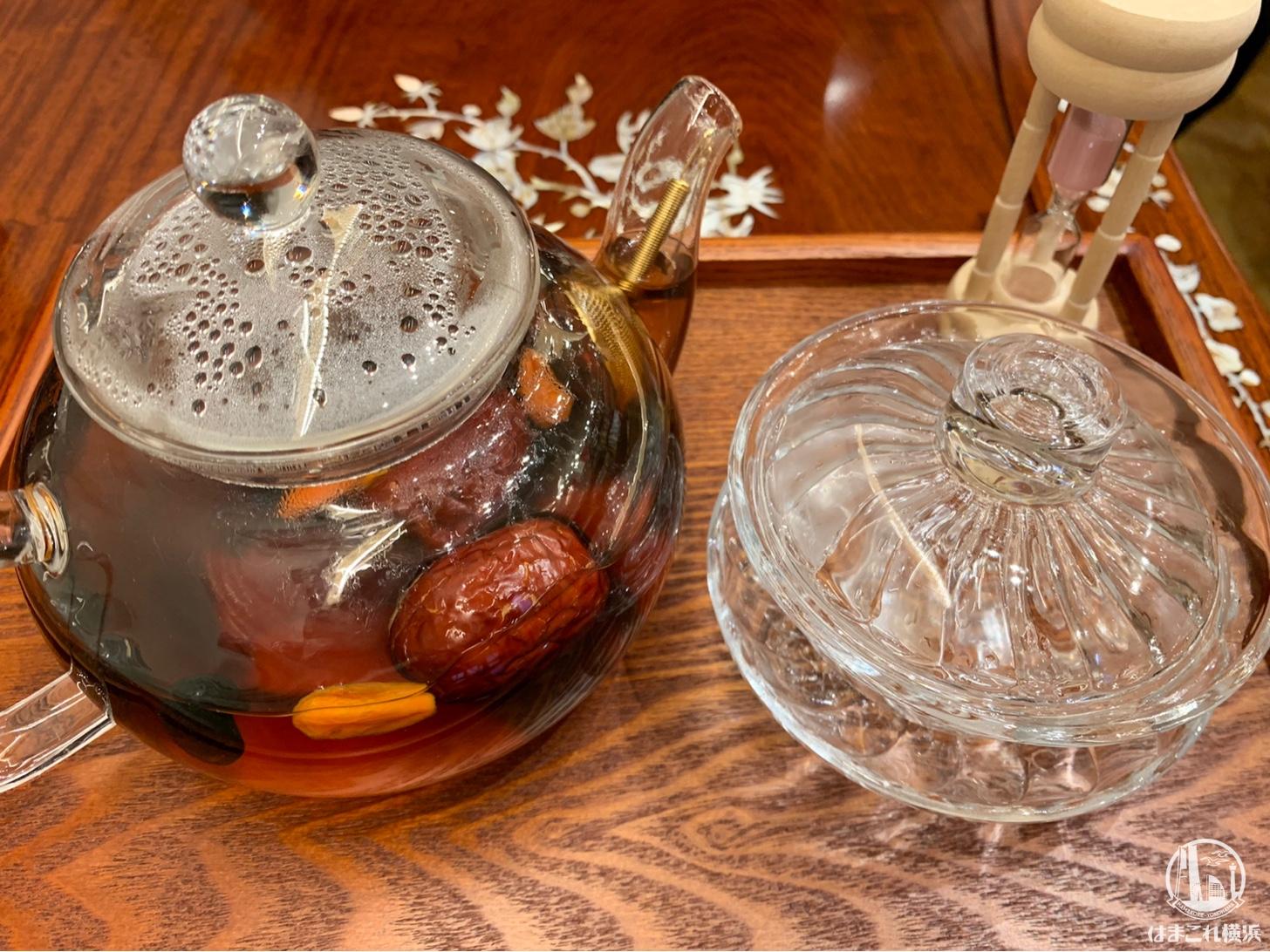 高麗人参・クコの実・なつめ・黒豆・山芋・プーアール茶をブレンドした薬膳茶