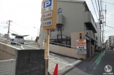 横浜 洪福寺松原商店街には提携駐車場あり!お買い物カートの貸出も