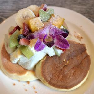 メレンゲ 横浜みなとみらいのふわふわパンケーキは安定の美味!ハワイな雰囲気も素敵