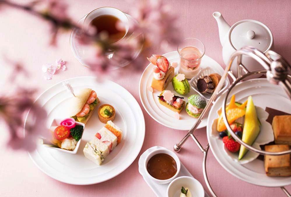 ソマーハウス「桜のアフタヌーンティー」開催!3日間限定で夜桜プランも