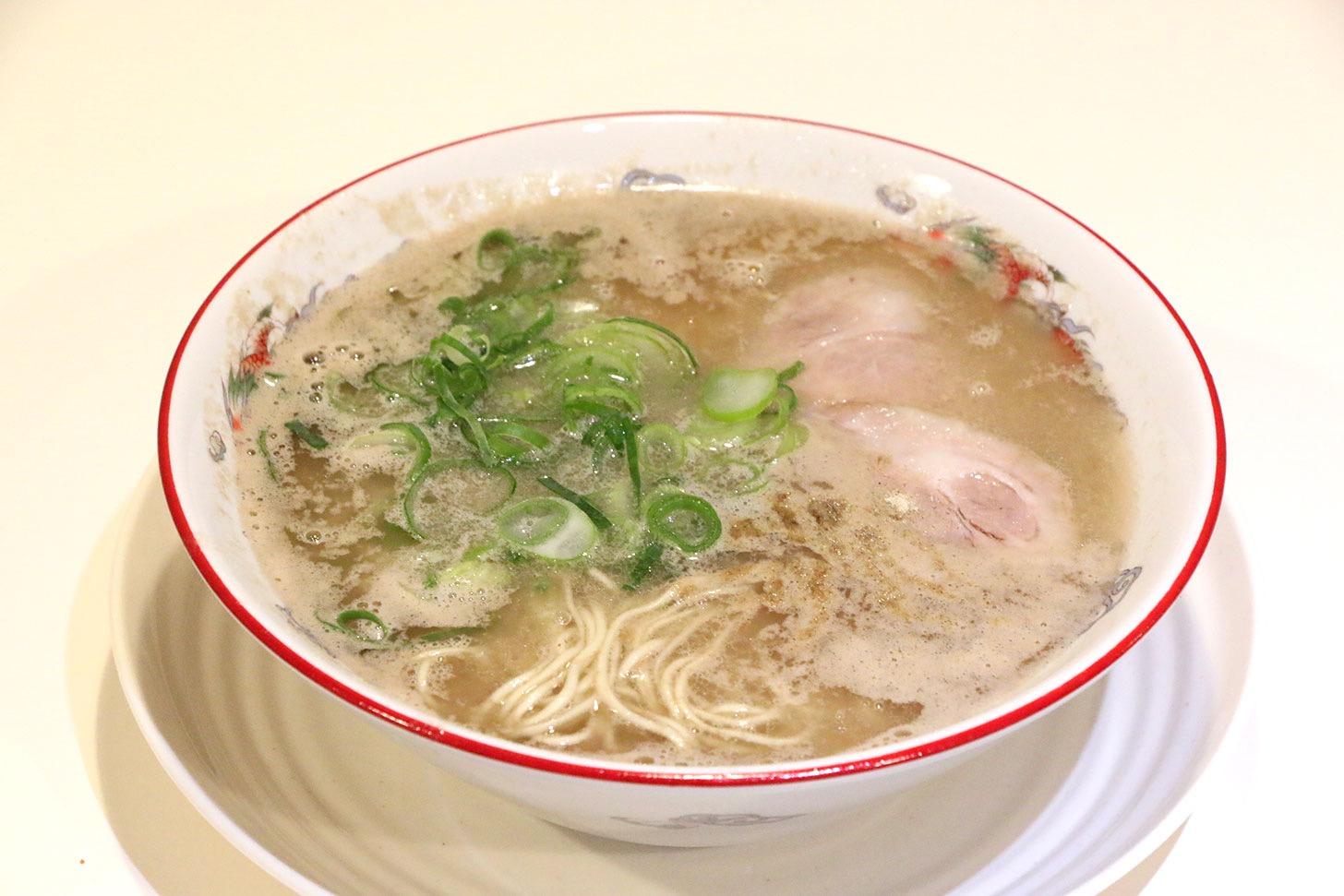 八ちゃんラーメンが新横浜ラーメン博物館に!超濃厚とんこつは臭みなく女性も嬉しい