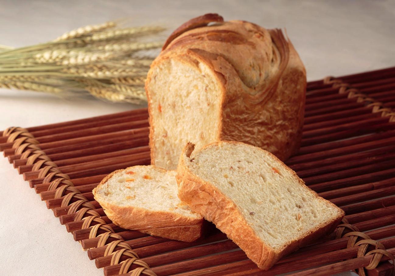 横浜ベイシェラトン ホテル&タワーズ 神奈川の食材使った食パン「波」限定販売