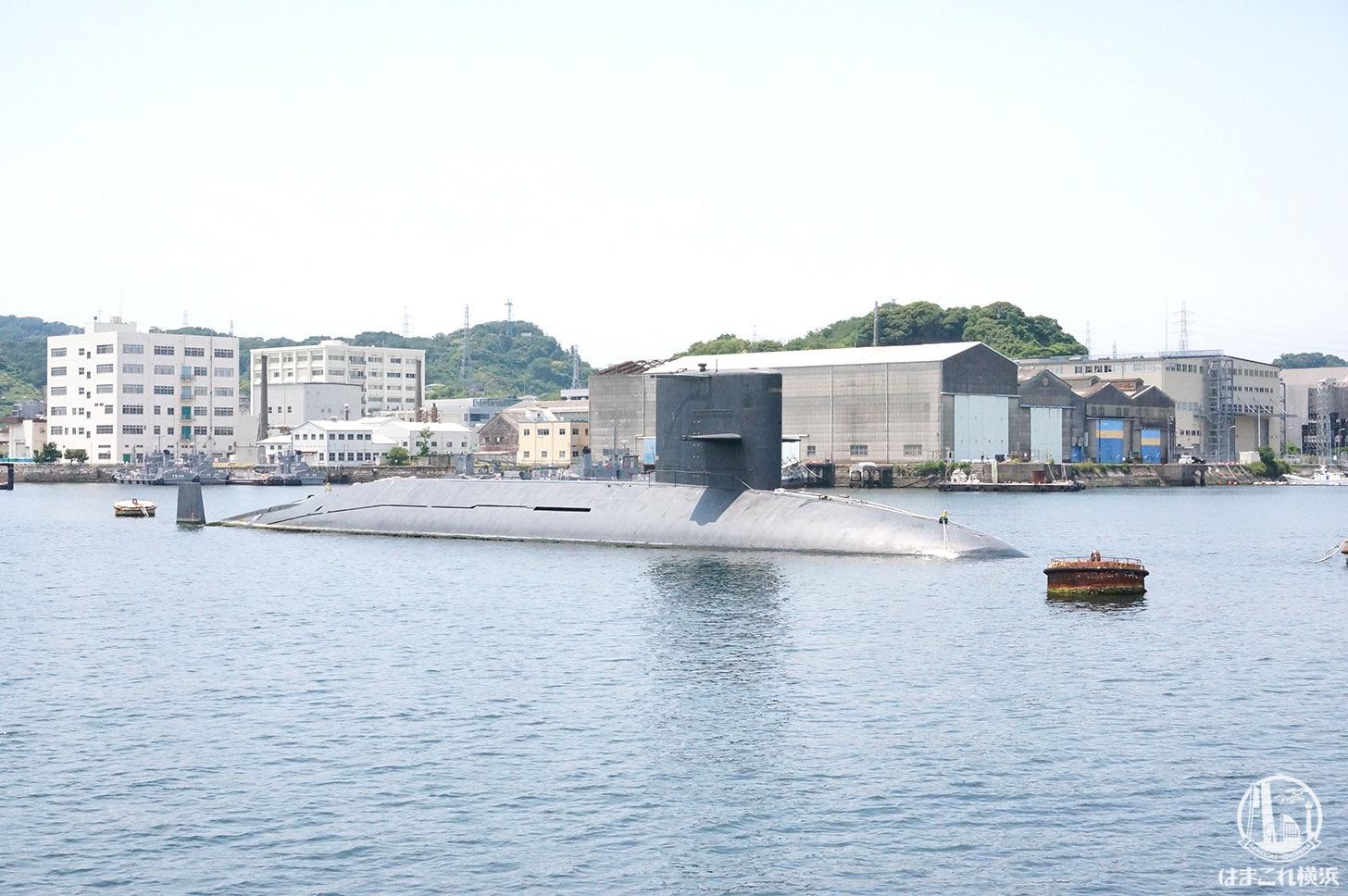 横須賀「軍港めぐり」潜水艦
