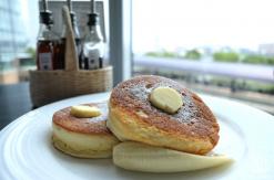 ニューオータニイン横浜で特製パンケーキ!眺望と時間も魅力の大人向けカフェ