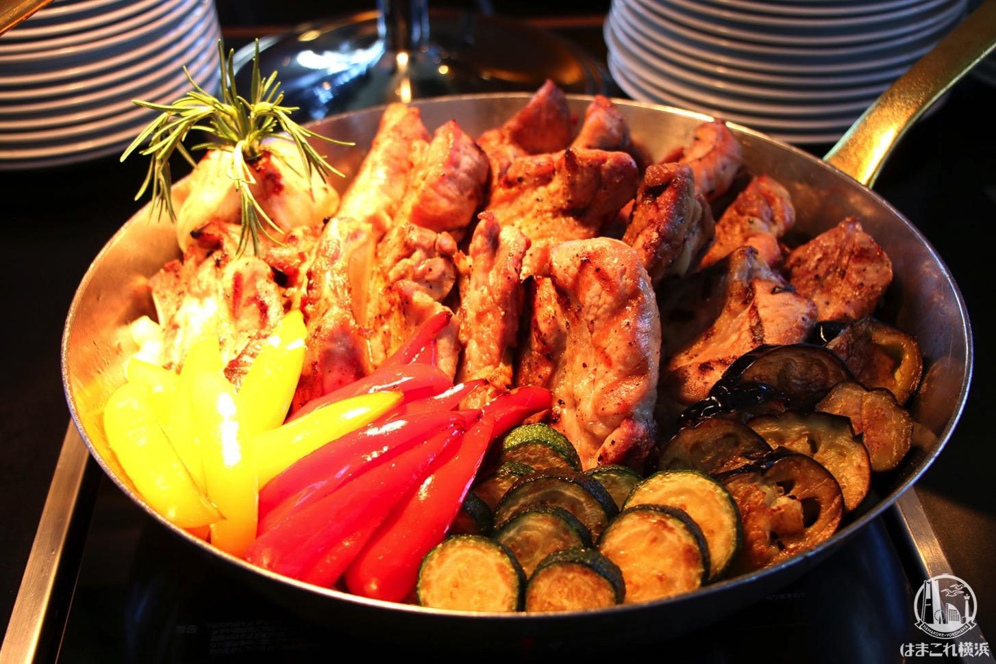 スペアリブと神奈川県産お野菜のバーベキュー仕立て