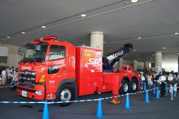 神奈川・横浜のりもの大集合!2019が開催!働くクルマやパトカー、消防車など